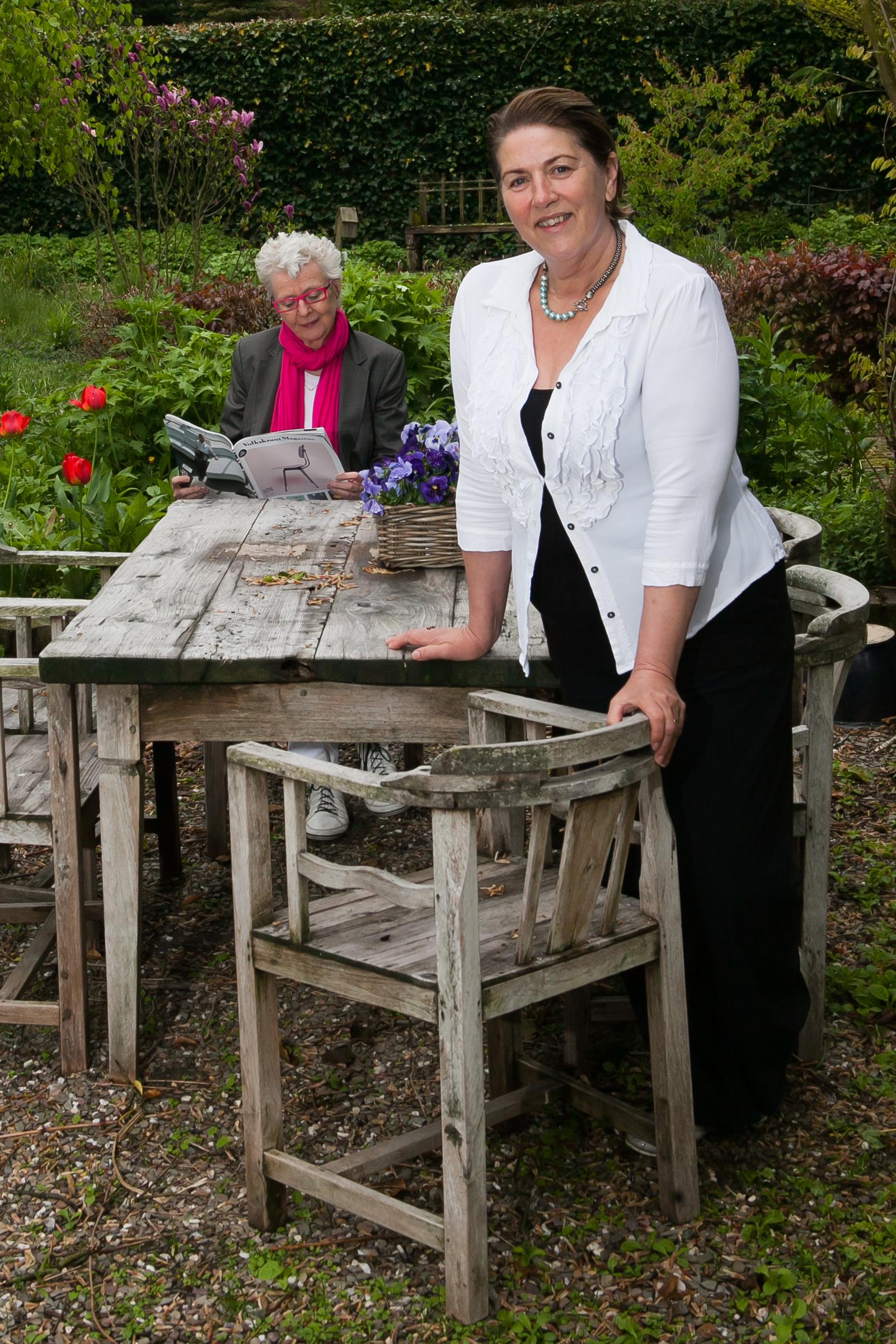 Carry Slee with friendly, enigmatic, sweet, Wife Elles van den Berg